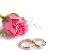Trắc nghiệm: Bạn phù hợp với phong cách hoa cưới nào?